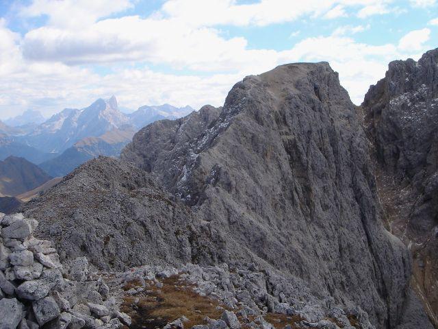 Foto: Manfred Karl / Klettersteig Tour / Laurenzisteig auf den Mittleren Molignon / Von hier schaut der Grat zum Mittleren Molignon recht harmlos aus / 14.09.2008 11:35:19