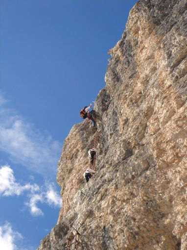 Foto: Manfred Karl / Klettersteig Tour / Via ferrata Piz da Lech / Die steile zweite Leiter / 14.09.2008 19:12:33