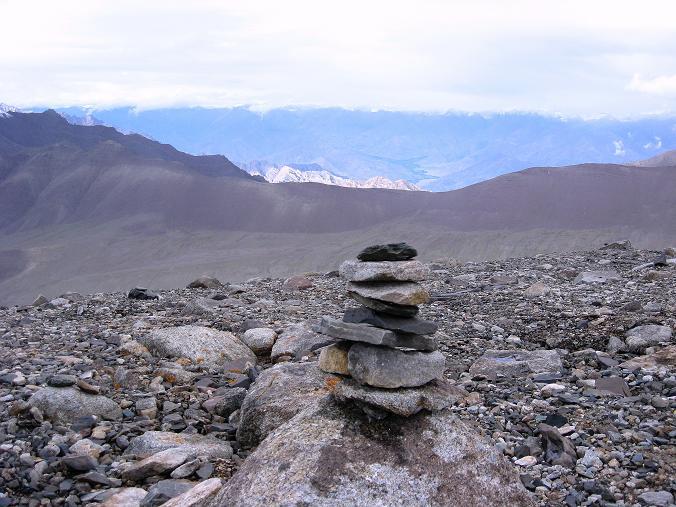 Foto: Andreas Koller / Wander Tour / Von Tachuntse auf den Nimaling Ri (5648m) / Gipfel des Nimaling Ri / 14.09.2008 00:24:28