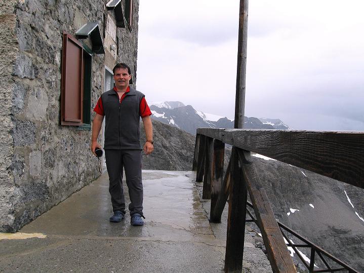 Foto: Andreas Koller / Wander Tour / König Ortler (3905m) / Bei der Payerhütte / 14.09.2008 01:26:06