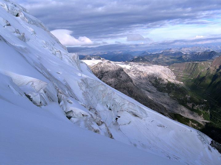 Foto: Andreas Koller / Wander Tour / König Ortler (3905m) / Eisbruch und Stilfserjochstraße / 14.09.2008 01:24:37