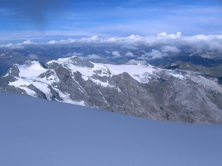 Foto: Andreas Koller / Wander Tour / König Ortler (3905m) / Blick Richtung Stilfserjoch / 14.09.2008 01:20:12