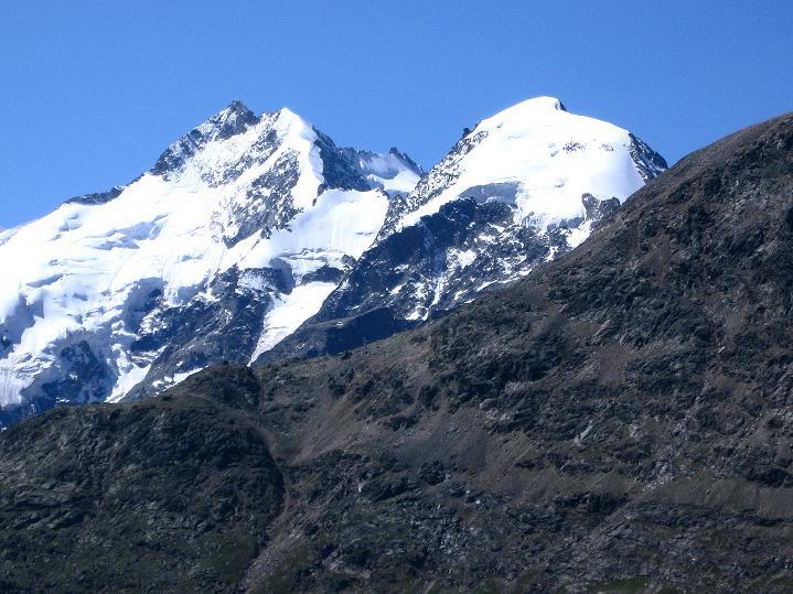 Foto: Andreas Koller / Wander Tour / Piz Languard (3262m) - Bernina-Aussichtsloge  / Piz Morteratsch (3759 m) und Piz Bernina (4049 m) / 14.09.2008 17:13:16