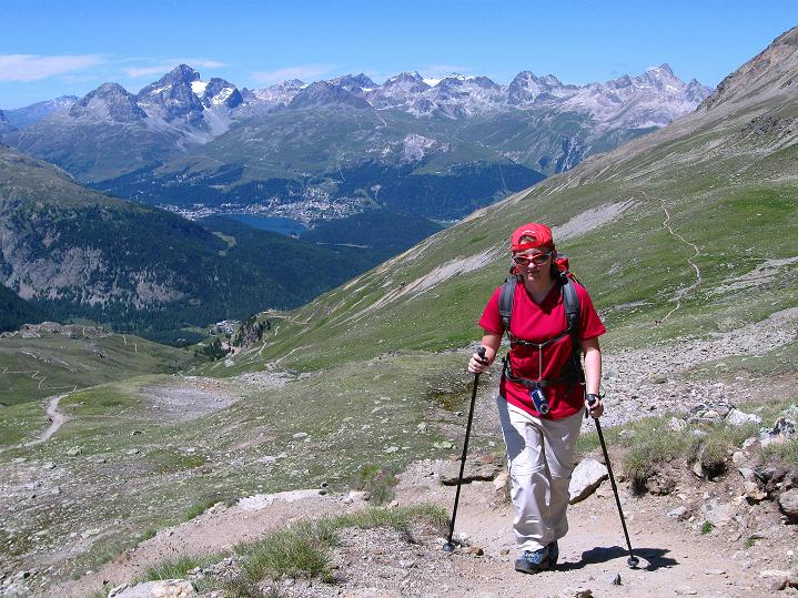 Foto: Andreas Koller / Wander Tour / Piz Languard (3262m) - Bernina-Aussichtsloge  / Tiefblick auf St. Moritz / 14.09.2008 17:11:34
