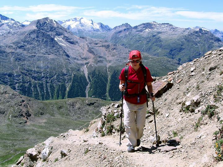 Foto: Andreas Koller / Wander Tour / Piz Languard (3262m) - Bernina-Aussichtsloge  / Blick zum Piz Corvatsch (3451 m) / 14.09.2008 17:10:32