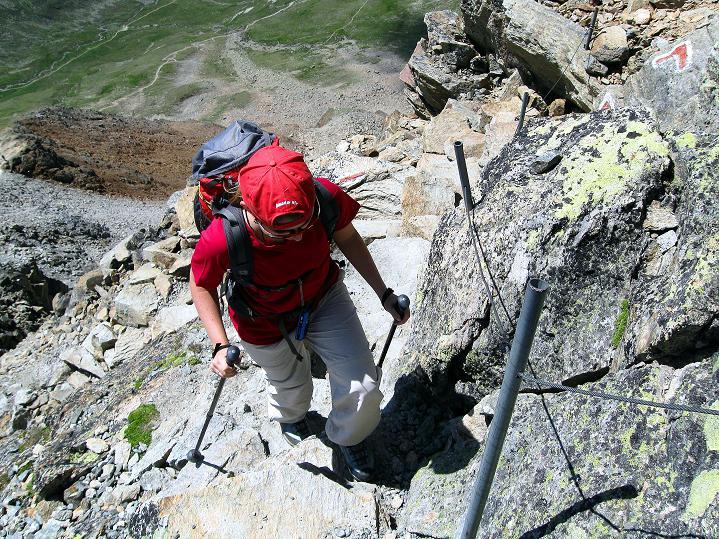 Foto: Andreas Koller / Wander Tour / Piz Languard (3262m) - Bernina-Aussichtsloge  / Versicherungen im Gipfelbereich / 14.09.2008 17:08:36
