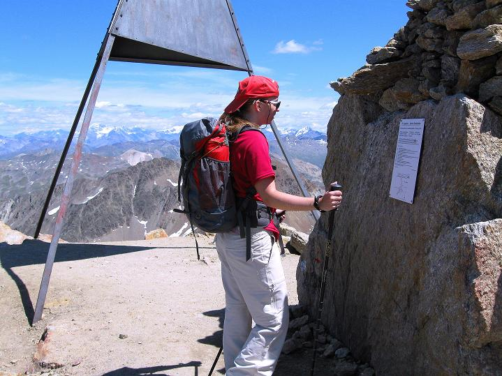 Foto: Andreas Koller / Wander Tour / Piz Languard (3262m) - Bernina-Aussichtsloge  / Beim Gipfel-Dreieck / 14.09.2008 17:07:00