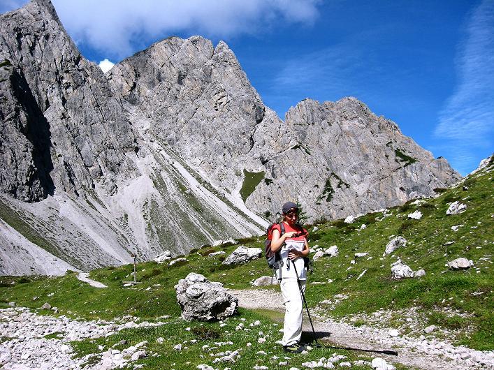 Foto: Andreas Koller / Klettersteig Tour / Klettersteig Ari Schübel (2772 m) / Hüttenanstieg Karlsbader Hütte / 14.09.2008 17:55:02