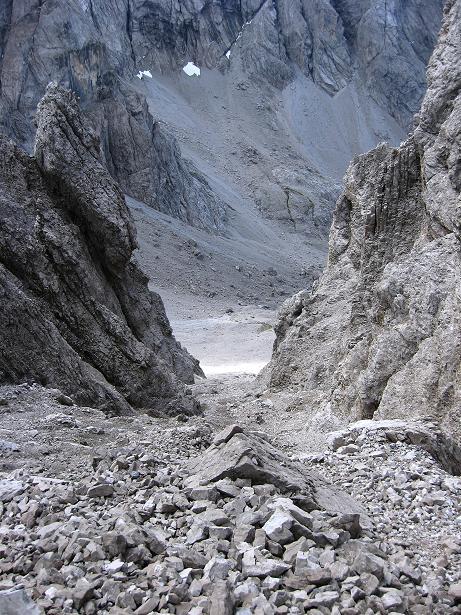 Foto: Andreas Koller / Klettersteig Tour / Klettersteig Ari Schübel (2772 m) / Schuttrinne ins Schartenschartl / 14.09.2008 17:53:09