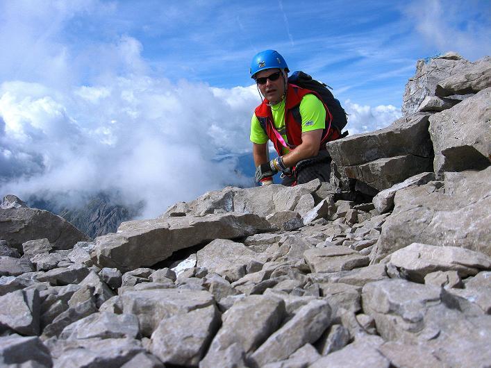 Foto: Andreas Koller / Klettersteig Tour / Klettersteig Ari Schübel (2772 m) / Rast am Gipfel / 14.09.2008 17:47:23