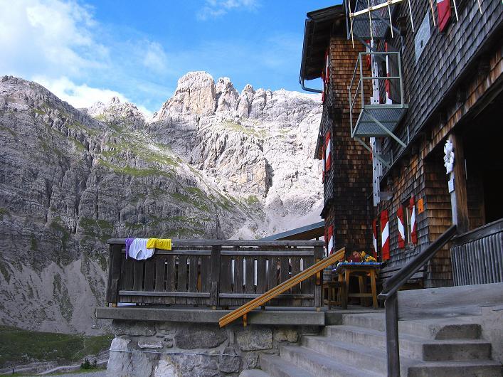 Foto: Andreas Koller / Klettersteig Tour / Klettersteig Ari Schübel (2772 m) / Bei der Karlsbader Hütte / 14.09.2008 17:41:14
