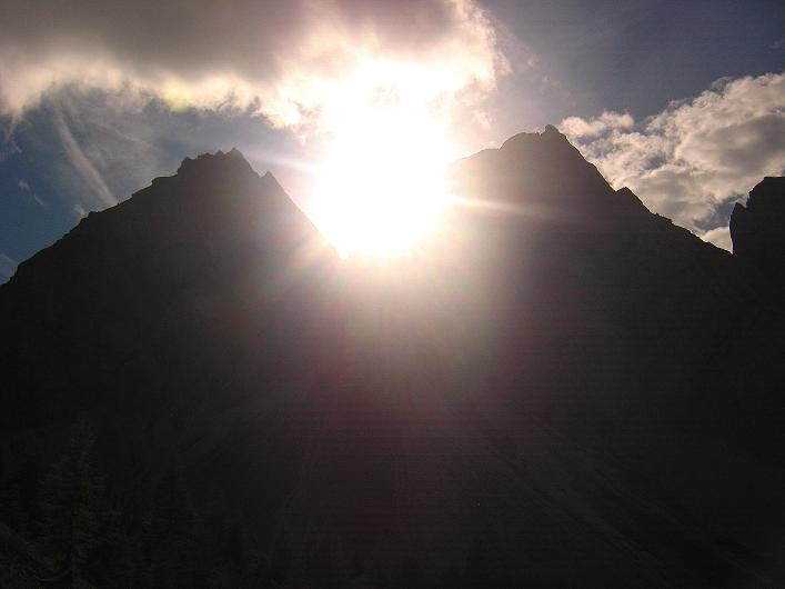 Foto: Andreas Koller / Klettersteig Tour / Klettersteig Ari Schübel (2772 m) / Sonnenuntergang in den Lienzer Dolomiten / 14.09.2008 17:39:50
