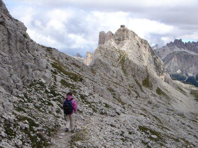 Foto: Manfred Karl / Klettersteig Tour / Via ferrata Ra Gusela / Am Weg von der Gusela zum Nuvolau / 14.09.2008 21:05:34