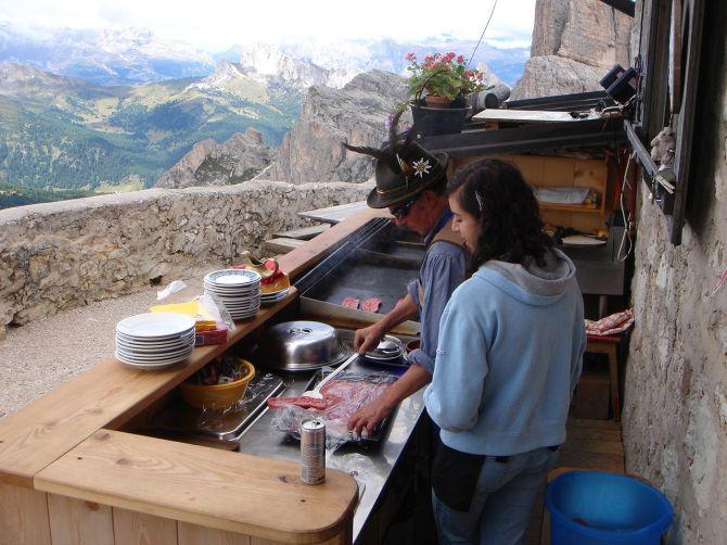 Foto: Manfred Karl / Klettersteig Tour / Via ferrata Ra Gusela / Es wird schon fleißig aufgekocht / 14.09.2008 21:05:06