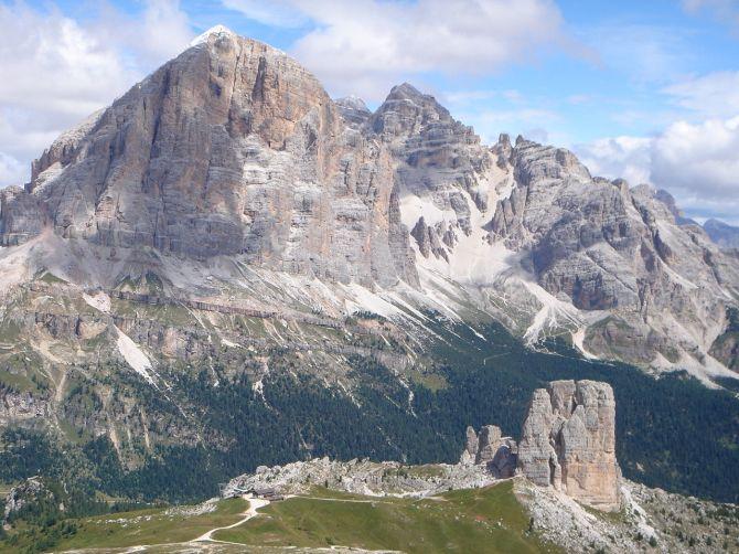 Foto: Manfred Karl / Klettersteig Tour / Via ferrata Ra Gusela / Herrlicher Ausblick auf Tofana und Cinque Torri / 14.09.2008 21:04:18