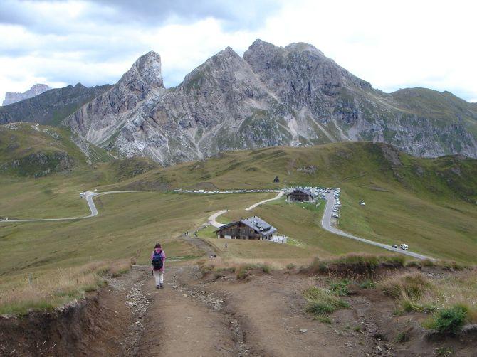 Foto: Manfred Karl / Klettersteig Tour / Via ferrata Ra Gusela / Rückweg zum Passo Giau / 14.09.2008 20:56:45