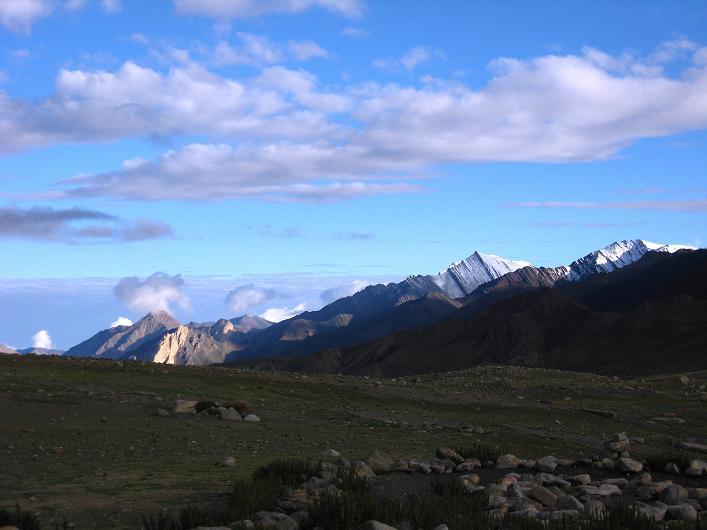 Foto: Andreas Koller / Wander Tour / Über Nimaling auf den Konmaru Ri (5446 m) / Stok Kangri Range / 15.09.2008 22:54:48