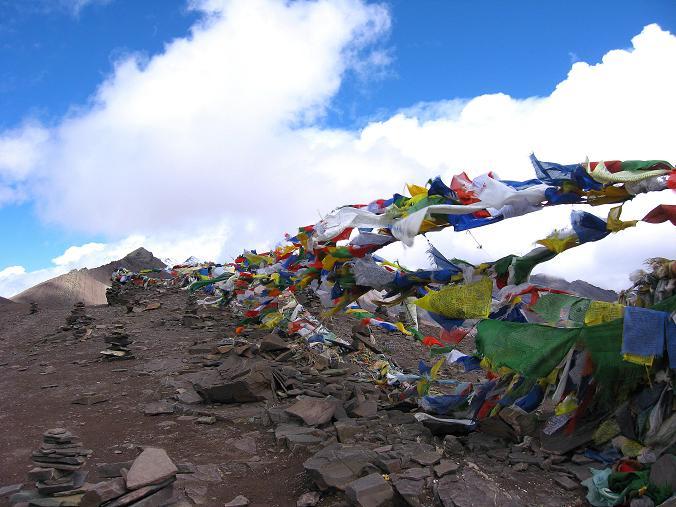 Foto: Andreas Koller / Wander Tour / Über Nimaling auf den Konmaru Ri (5446 m) / Am Konmaru La / 15.09.2008 22:48:07