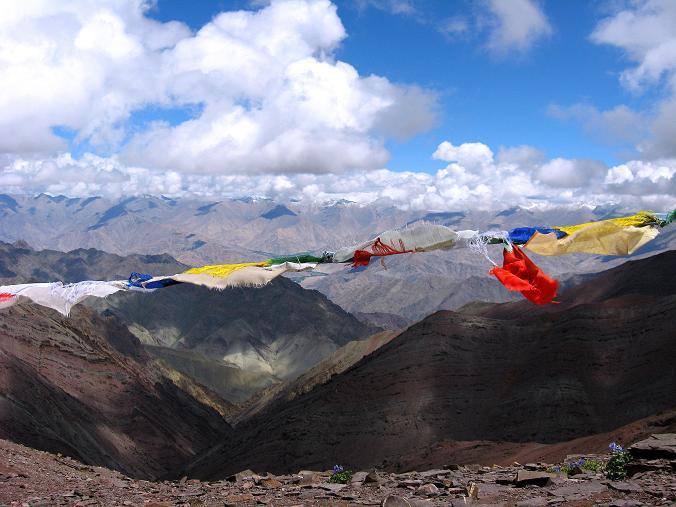 Foto: Andreas Koller / Wander Tour / Über Nimaling auf den Konmaru Ri (5446 m) / Zurück am Konmaru La  / 15.09.2008 22:45:18