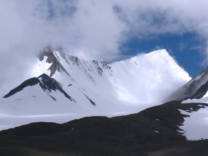 Foto: Andreas Koller / Wander Tour / Über Nimaling auf den Konmaru Ri (5446 m) / Yak's horns - Ost- und Wetsgipfel des Dzo Jongo (6217 m) / 15.09.2008 22:44:52