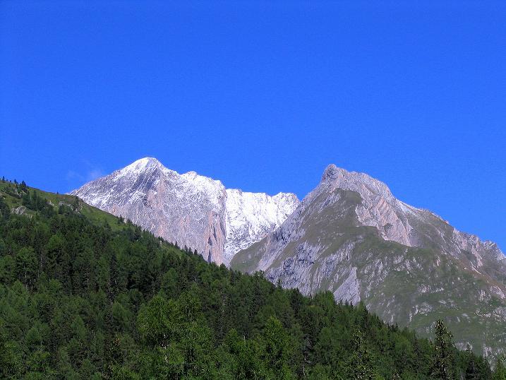 Foto: Andreas Koller / Wander Tour / Auf dem Saazerweg auf die Vordere Kendlspitze (3088m) / Die Vordere Kendlspitze / 15.09.2008 23:38:07