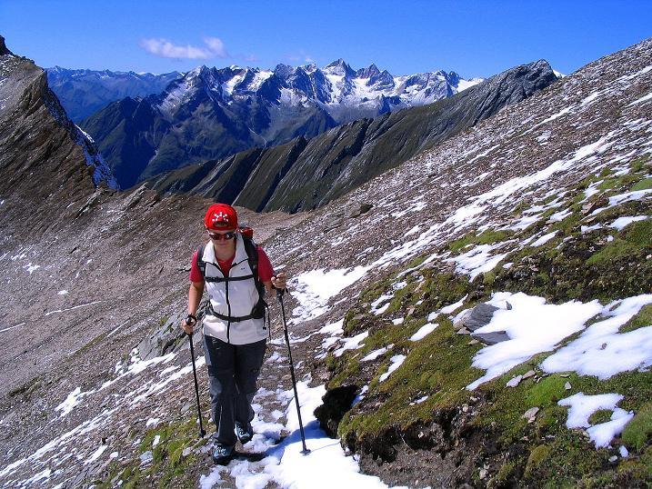 Foto: Andreas Koller / Wander Tour / Auf dem Saazerweg auf die Vordere Kendlspitze (3088m) / Anstieg am Saazerweg von der Dürrenfeldscharte (2823 m) / 15.09.2008 23:30:55