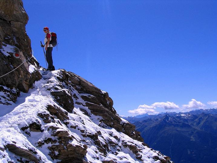 Foto: Andreas Koller / Wander Tour / Auf dem Saazerweg auf die Vordere Kendlspitze (3088m) / Ausgesetzte Passage am Saazerweg / 15.09.2008 23:30:16