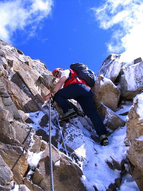 Foto: Andreas Koller / Wander Tour / Auf dem Saazerweg auf die Vordere Kendlspitze (3088m) / Steil & versichert in die Scharte / 15.09.2008 23:28:42