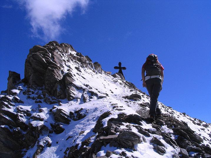 Foto: Andreas Koller / Wander Tour / Auf dem Saazerweg auf die Vordere Kendlspitze (3088m) / Die letzen Meter am N-Grat / 15.09.2008 23:26:35