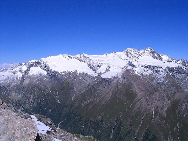 Foto: Andreas Koller / Wander Tour / Auf dem Saazerweg auf die Vordere Kendlspitze (3088m) / Österreichs höchster Gipfel: der Großglockner (3798 m) / 15.09.2008 23:26:21