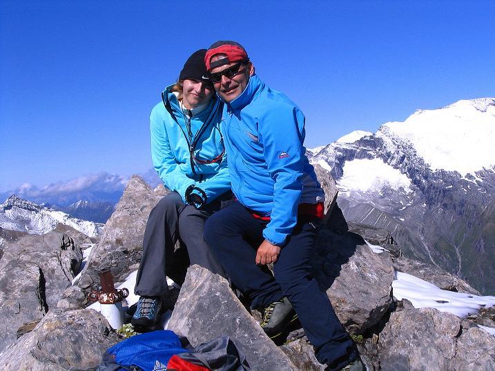 Foto: Andreas Koller / Wander Tour / Auf dem Saazerweg auf die Vordere Kendlspitze (3088m) / Gipfelfreuden / 15.09.2008 23:25:09