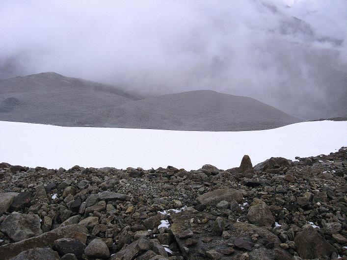 Foto: Andreas Koller / Wander Tour / Von Nimaling auf den Theny Ri (5765m) / Der Gletscher bei Schneetreiben / 17.09.2008 23:40:17