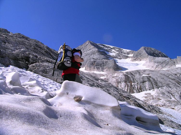 Foto: Andreas Koller / Klettersteig Tour / Marmolada (3343m) - Westgrat Klettersteig (Hans Seyffert Weg) / Blick zum Gran Vernel (3205 m) / 18.09.2008 00:36:41