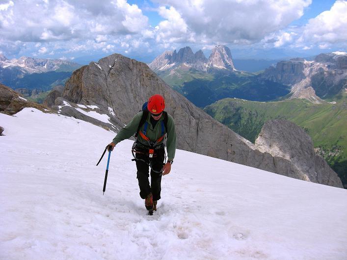 Foto: Andreas Koller / Klettersteig Tour / Marmolada (3343m) - Westgrat Klettersteig (Hans Seyffert Weg) / Die letzten Meter am Marmolada-Gletscher / 18.09.2008 00:29:45