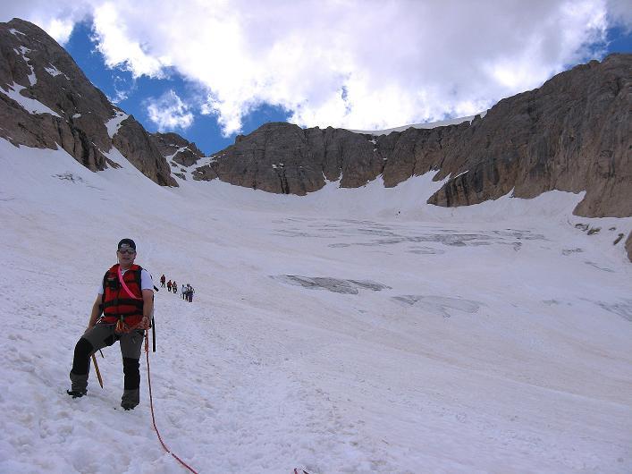 Foto: Andreas Koller / Klettersteig Tour / Marmolada (3343m) - Westgrat Klettersteig (Hans Seyffert Weg) / Im Gletscherbecken / 18.09.2008 00:25:05
