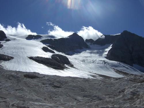 Foto: hofchri / Klettersteig Tour / Marmolada (3343m) - Westgrat Klettersteig (Hans Seyffert Weg) / noch einmal der Marmolada in voller Pracht / 14.02.2009 16:24:55
