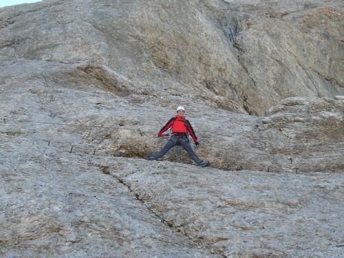 Foto: hofchri / Klettersteig Tour / Marmolada (3343m) - Westgrat Klettersteig (Hans Seyffert Weg) / Quergang auf gut 3.000 m / 14.02.2009 16:11:54