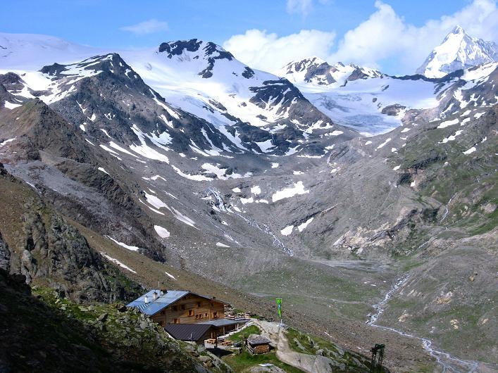 Foto: Andreas Koller / Wander Tour / Aus dem Martelltal auf die Köllkuppe (3330m)  / Marteller Hütte und Königspitze (3859 m) / 18.09.2008 21:42:48
