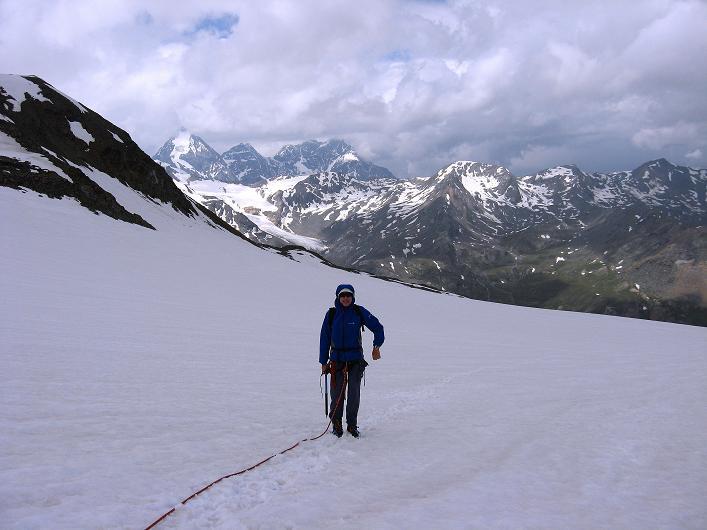 Foto: Andreas Koller / Wander Tour / Aus dem Martelltal auf die Köllkuppe (3330m)  / Am Hohenferner gegen Königspitze (3859 m) / 18.09.2008 21:33:29