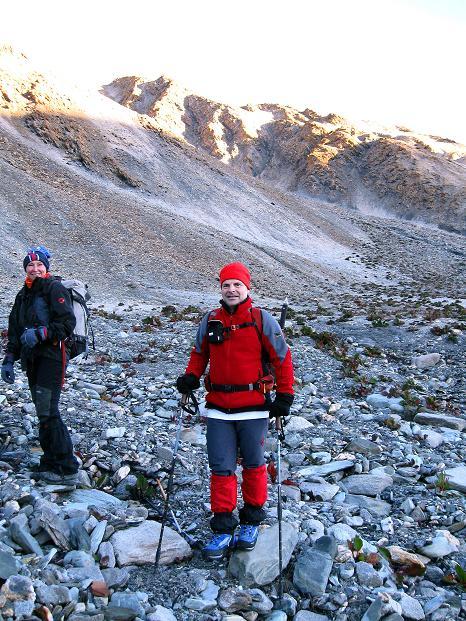 Foto: Andreas Koller / Wander Tour / Dzo Jongo (6217m) / Zeitig in der Früh zum Dzo Jongo / 18.09.2008 22:50:22