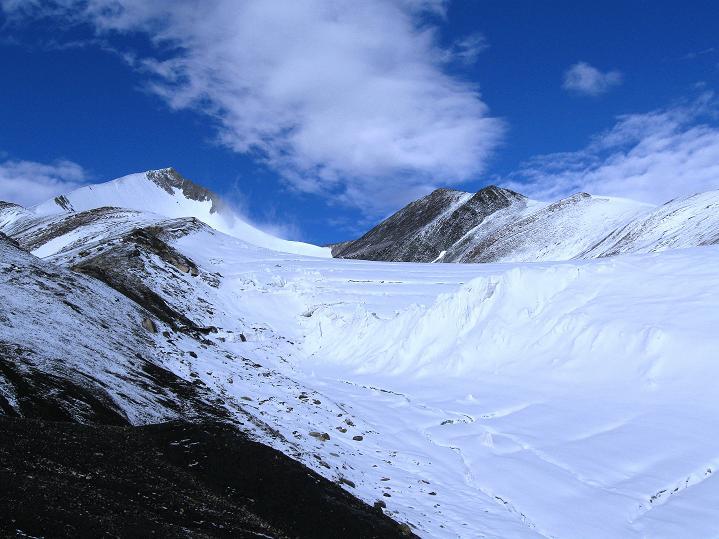 Foto: Andreas Koller / Wander Tour / Dzo Jongo (6217m) / Dzo Jongo mit seinem Gletscher / 18.09.2008 22:46:35