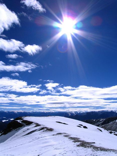 Foto: Andreas Koller / Wander Tour / Dzo Jongo (6217m) / Strahlender Sonnenschein über der Ladakh Range / 18.09.2008 22:44:09