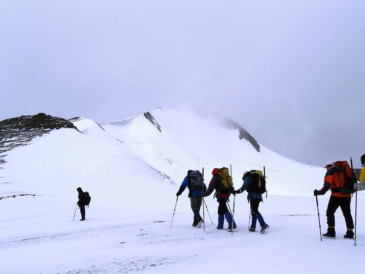 Foto: Andreas Koller / Wander Tour / Dzo Jongo (6217m) / Dem O-Grat entgegen / 18.09.2008 22:41:31