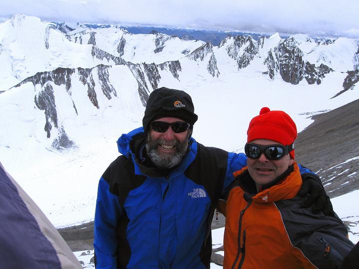 Foto: Andreas Koller / Wander Tour / Dzo Jongo (6217m) / Gipfelfreuden / 18.09.2008 22:39:06