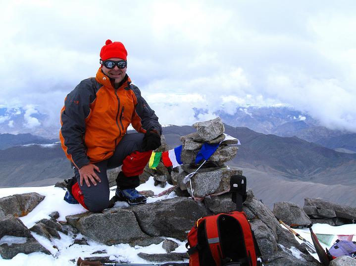 Foto: Andreas Koller / Wander Tour / Dzo Jongo (6217m) / Gipfelsieg / 18.09.2008 22:38:25