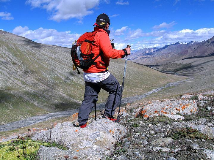 Foto: Andreas Koller / Wander Tour / Aussichtsgipfel Uatse Ri (5673m) / Hoch über Nimaling / 23.09.2008 00:41:10