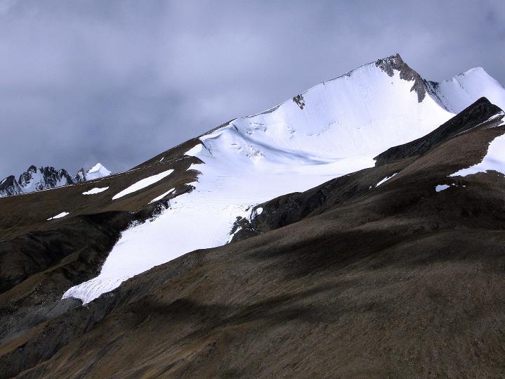 Foto: Andreas Koller / Wander Tour / Aussichtsgipfel Uatse Ri (5673m) / Dzo Jongo (6217 m) / 23.09.2008 00:40:38