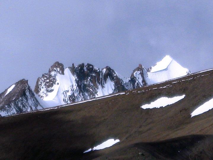 Foto: Andreas Koller / Wander Tour / Aussichtsgipfel Uatse Ri (5673m) / Unbenannte 6000er über Nimaling / 23.09.2008 00:40:21