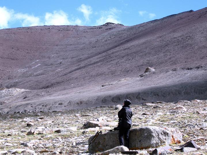 Foto: Andreas Koller / Wander Tour / Aussichtsgipfel Uatse Ri (5673m) / Die weiten Flächen des Uatse Ri / 23.09.2008 00:39:16