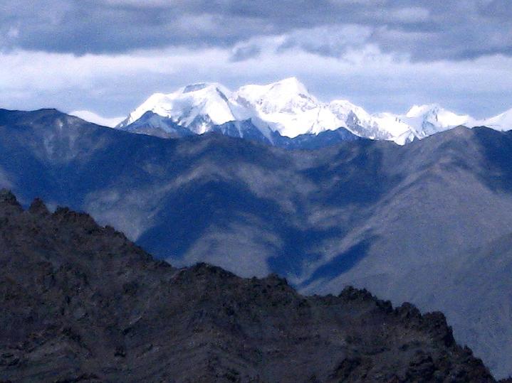 Foto: Andreas Koller / Wander Tour / Aussichtsgipfel Uatse Ri (5673m) / Die Welt der 7000er & 8000er im Karakorum / 23.09.2008 00:33:38
